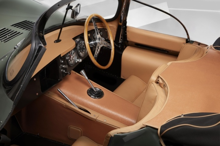 jaguar-xkss-interior
